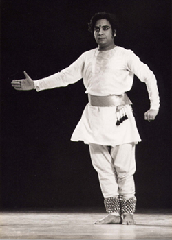 Birju Maharaj, Carnegie Hall, February 1974, photographer Thomas Haar